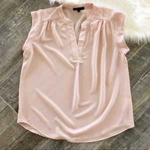 GIBSON Light Pink Split Neck Stretch Crepe Blouse